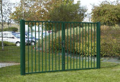 portails de jardin portillons et portails battants dirickx conception de portillons pour vos espaces et jardins