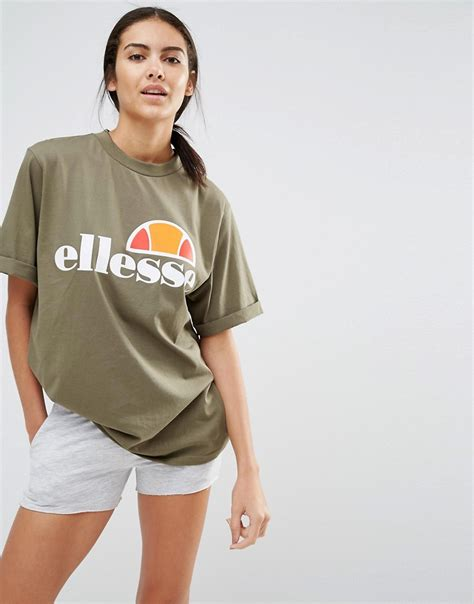 Tshirt Ellesse Oversized Fightmerch ellesse oversized boyfriend t shirt with front logo in green lyst
