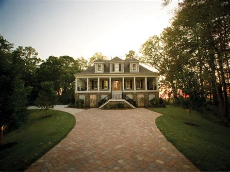 vanderbilt lowcountry home luxury house plans house vanderbilt lowcountry home plan 024s 0021 house plans