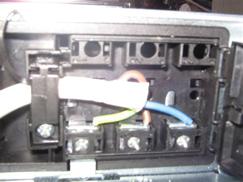 zanussi zob35301xk oven on the mains wiring block at the back