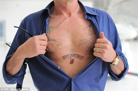 Charlie Sheen Reveals Tattoo Inspired By Father Martin S Sheen Right Arm