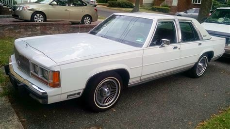 ford crown vic bf exclusive 1990 ford crown vic survivor