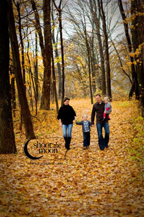 fun outdoor family portraits: just in time for the