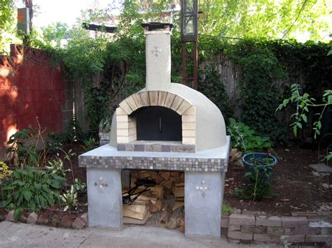 build  wood fired pizza oven   backyard