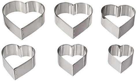 graduated heart shapes heart shaped cookie cutters