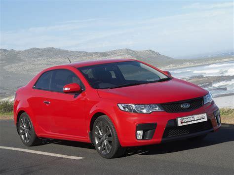 kia cerato koup review top gear kia cerato 2012 coupe image 126