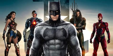 justice league justice league has a more traditional batman screen rant