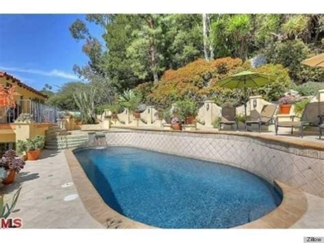 stevie nicks home is for sale boasts