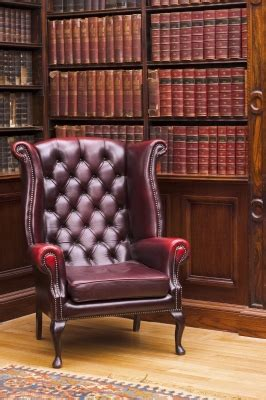 upholstery repair austin care to be taken for reducing the leather repair costs