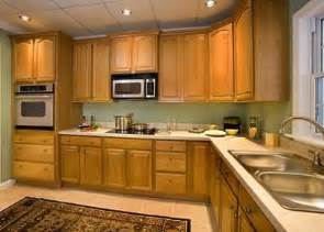 green walls paint colors and counter tops on pinterest