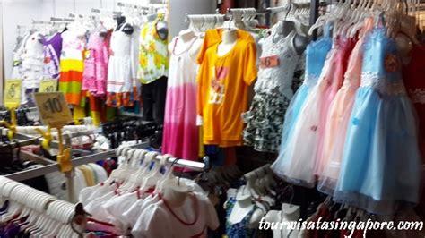 Souvenir Singapure Kaos 1 Pack Universal Studios Aneka Warna Oleh Oleh Singapore Apa Saja Dijual Di Chinatown Lihat