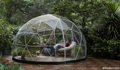 cupola geodetica legno arriva la garden igloo la cupola geodetica da montare in