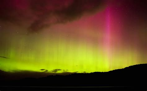 southern lights the best places to see the southern lights travel leisure