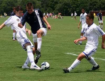 Gamis Bw Dannis No 12 bw gottschee defeats ny bulls 2 0 club soccer