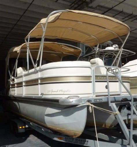 catamaran repo for sale boat auctions direct 2018 official bank repo boats plus