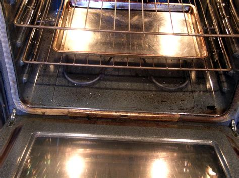 Middle Oven Rack by How To Season And Clean A Cast Iron Skillet Dishin Dishes