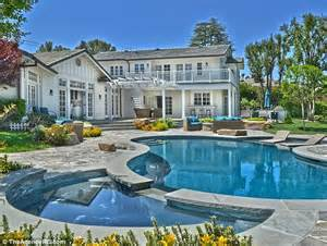 selena gomez house selena gomez puts her sprawling tarzana property up for sale for a cool 3 5 million