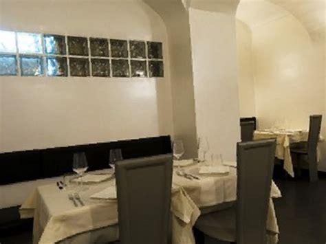 acqua e sale con testo acqua e sale a torino ristorante itinerari turismo