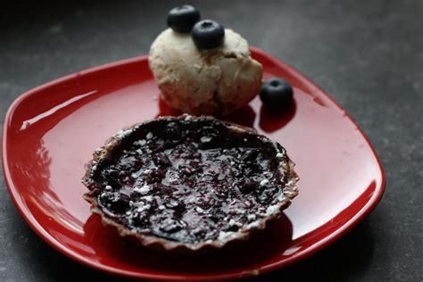 pie de co in english les petits plats de rose in english blueberry pies