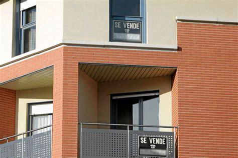 postulaciones de viviendas 2016 la compraventa de viviendas crece un 17 4 y los precios
