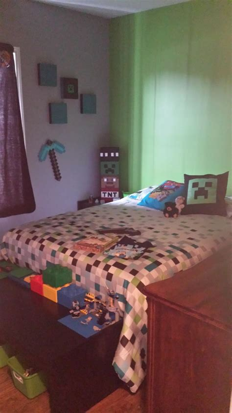 minecraft bedroom for kids 71 best images about kids room on pinterest hanging beds