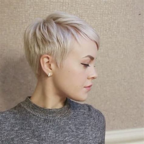 textured pixie hairstyles my current everyday pixiecut styling routine i ve been