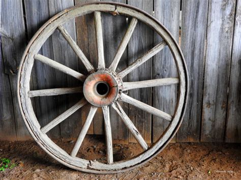 wagon wheel home decor rustic wagon wheel print free shippingfine art photography