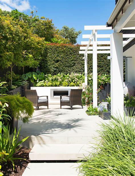 Outdoor Garden Nz An Enviable Courtyard Garden In Auckland S Mission Bay