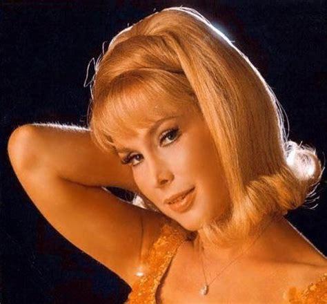 last looks with myke the makeupguy: beauty icon: barbara eden