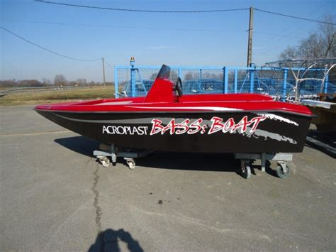bass boat occasion bass boat acroplast moteur bateau occasion