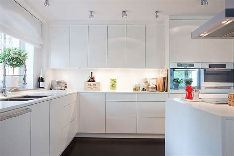 imagenes cocinas integrales blancas 15 cocinas blancas de estilo minimalista arquitexs
