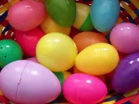 how to make easter eggs how to make diy ice cube easter eggs best friends for