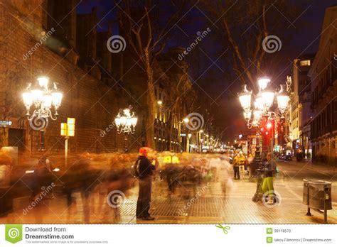 libro promenades dans la barcelone la rambla dans la nuit barcelone image 233 ditorial image du sc 232 ne europ 233 en 39118570