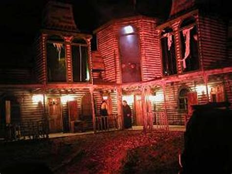 haunted houses in green bay terror on the fox haunted house magazine articles at hauntedhouse com
