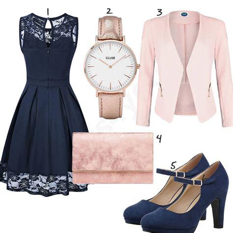 rosa blaues damenoutfit mit kleid und blazer kleidung