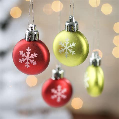 miniature snowflake christmas ornaments christmas