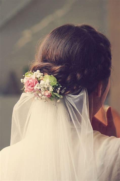 Brautfrisuren Mit Blumen Und Schleier by 25 B 228 Sta Brautfrisuren Mit Schleier Id 233 Erna P 229