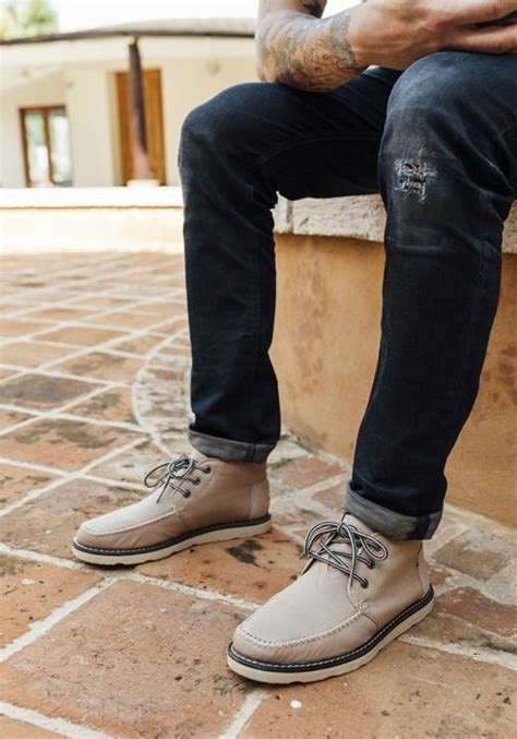 Hornet Black Sepatu Chukka Boots Casual toms chukka boots are sure to fit your lifestyle for