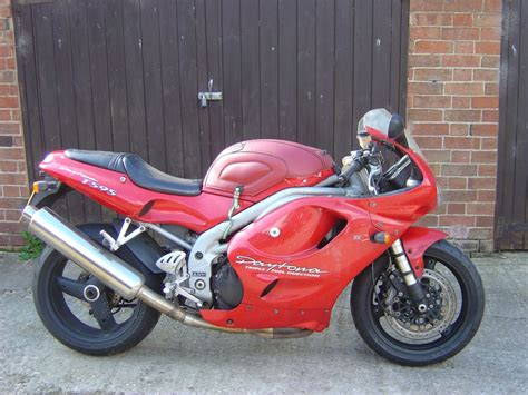 Spare Part Daytona triumph daytona t595 breaking for spare parts www motor bike breakers co uk