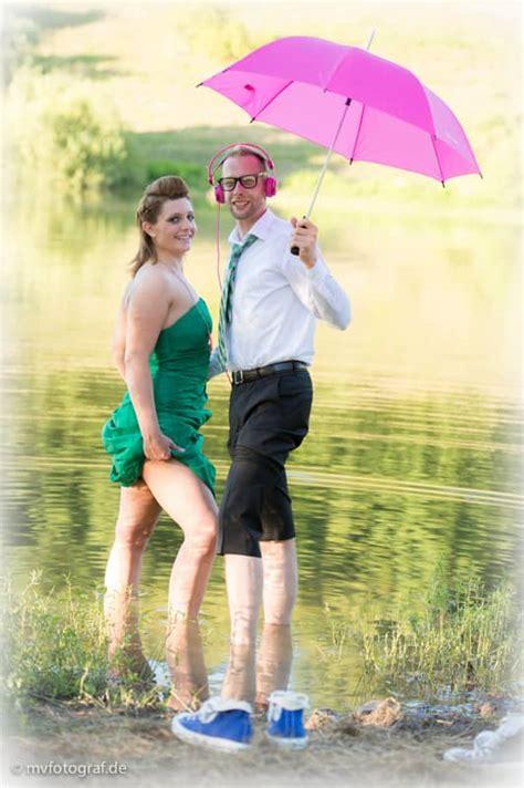 Hochzeit Chucks by Hochzeitsfotos Trash The Dress Zeitlos Und