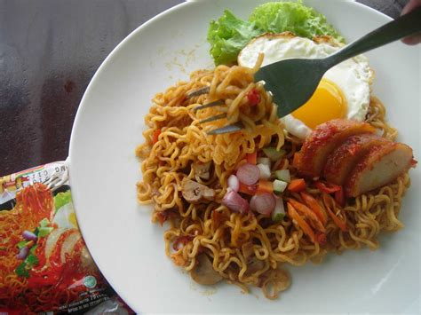 Indomie Mie Goreng Pedas As mie goreng pedas no time for nggombal