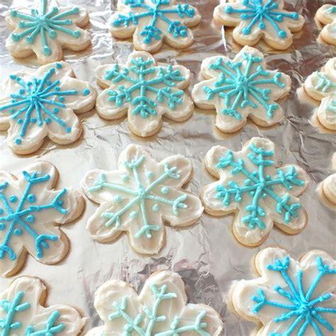 disney frozen snowflake cookies  sisters
