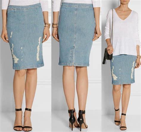 how to wear a distressed stretch denim pencil skirt like