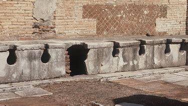 toilette mit duschfunktion klo kulturgeschichte karriere des stillen 214 rtchens