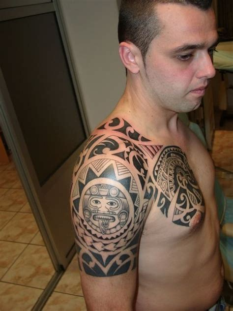 tribal shoulder tattoos meanings 25 best ideas about aztec tribal tattoos on