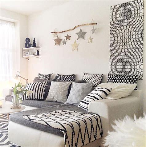 wohnzimmer gestalten grau weiss eine auswahl der sch 246 nsten und kuscheligsten