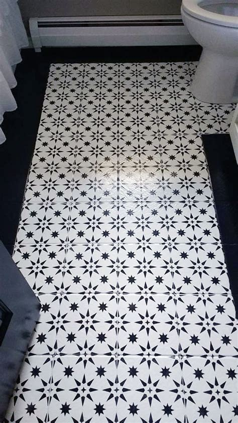bathroom stencils 284 best stenciled painted bathrooms images on pinterest