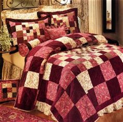 inexpensive quilts and coverlets 1000 images about xmas on pinterest christmas