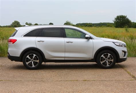 Ratings On Kia Sorento Kia Sorento Estate Review 2015 Parkers