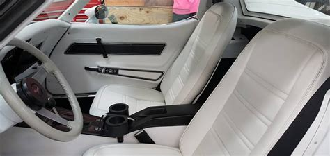 Auto Upholstery Minneapolis by Top Stitch Auto Upholstery Restoration Minneapolis Mn
